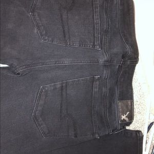 size 2 black ae jeans. looks dingy, but brand new